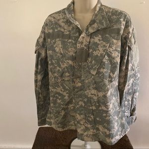 Authentic army jacket xs